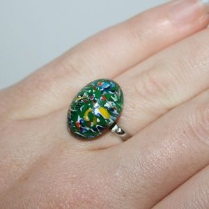 Beautiful green vintage adjustable ring